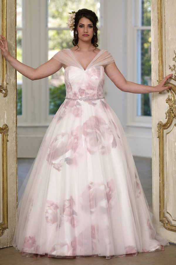 Wedding dresses love your curves bridal glasgow scotland for Cheap wedding dresses in nc